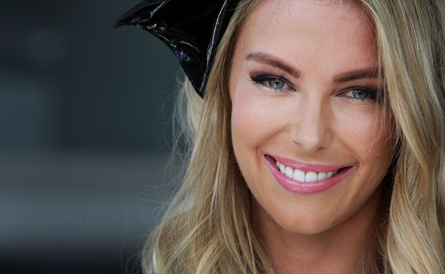 jennifer hawkins headshot 628 - 10 Sexiest Countries With The Hottest Bombshells!