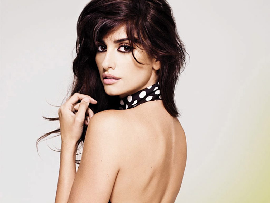 penelope cruz hd wallpaper 67534643 1024x768 - 10 Sexiest Countries With The Hottest Bombshells!